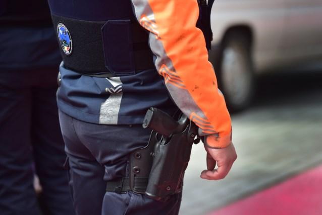 Gewapende man gesignaleerd na vechtpartij in Sint-Joost: twee verdachten opgepakt