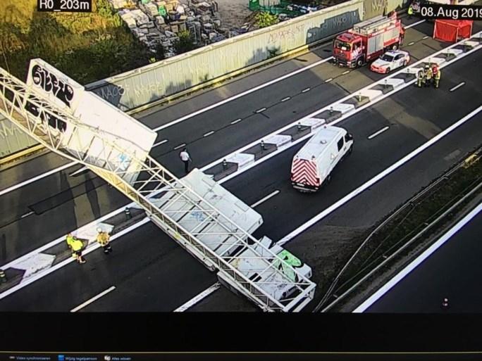 Grote verkeershinder na dodelijk ongeval met voetganger op Brusselse buitenring: slachtoffer vorige nacht dronken opgepakt
