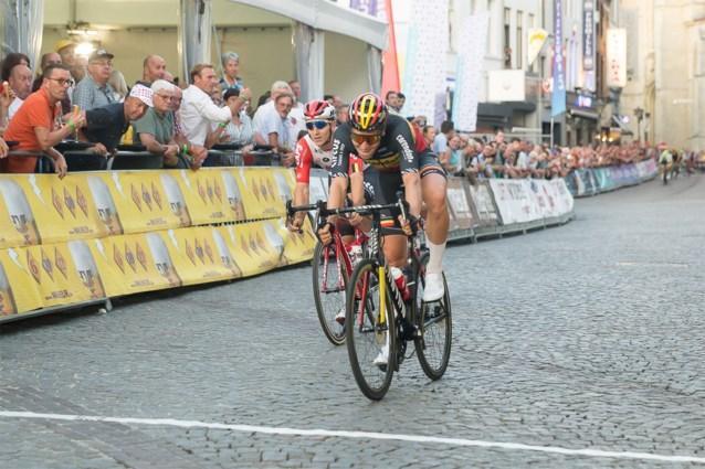 """Tim Merlier sprint naar eerste zege als Belgisch kampioen: """"Een droom om door deze ploeg omringd te worden"""""""