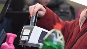 Elektronisch betalen in opmars bij bakkers en parkings, maar niet bij krantenwinkels of broodjeszaken