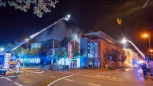 Twee brandweermannen omgekomen en vier gewonden na zware uitslaande brand in Beringen