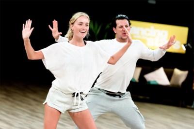 """Julie Vermeire repeteert voor het eerst met haar Italiaanse dansleraar: """"Ik ben blij dat hij mij leidt en niet omgekeerd"""""""