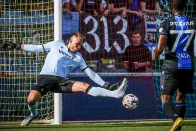"""Simon Mignolet reist met Club Brugge naar zijn horrorstadion in Kiev: """"Ik moet de jongens scherp houden"""""""