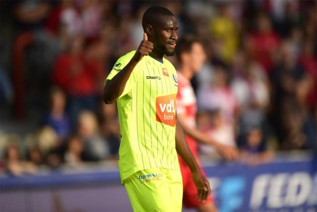 """Dé verrassing van het weekend… Mamadou Sylla na 526 (!) dagen nog eens in de basis bij AA Gent: """"Niemand zag dit aankomen"""""""