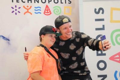 """YouTube-ster Enzo Knol in Technopolis: """"Blij dat ik mijn Belgische fans kan ontmoeten"""""""