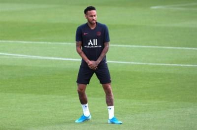 PSG-fans geven hun fiat: Braziliaanse superster Neymar mag opkrassen (met een Italiaanse carrousel als gevolg?)