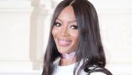 Naomi Campbell (49) poseert in ondergoed voor Calvin Klein