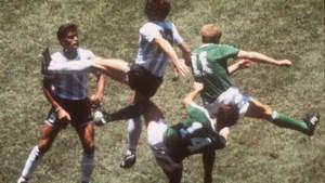 Argentijns voetbal rouwt om voetbal, wereldkampioen in 1986