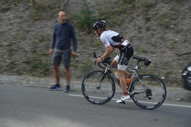 Tine Deckers tweede in loodzware triatlon in Franse Alpen, Timothy Van Houtem vierde bij de mannen