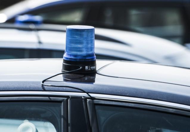 Auto met drugs probeert Nederlandse politiewagen te rammen en wordt pas na achtervolging van 90 kilometer gestopt in België