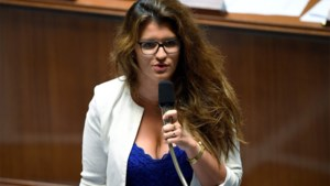"""Franse staatssecretaris Marlène Schiappa out zich als """"sapioseksueel"""". Maar wat betekent dat precies?"""