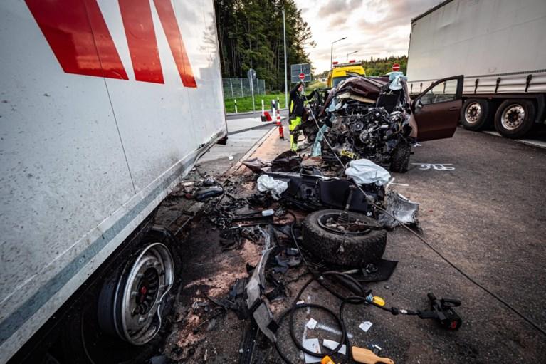 Duitse soapacteur (44) en vrouw overleden na zwaar auto-ongeluk