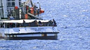 Spanje stuurt een militair vaartuig om migranten van reddingsschip Open Arms op te pikken