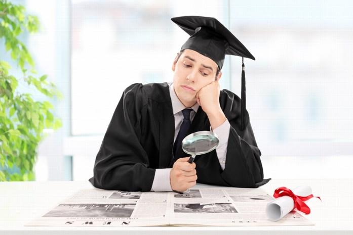 """Hoera, een diploma! Maar wat moet je daarna regelen en wat is de beste eerste job? """"Geen zorgen, de kaarten liggen goed"""""""