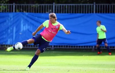 """Sander Berge ziet niet op tegen verlengd verblijf bij Genk: """"De Champions League is een kinderdroom"""""""