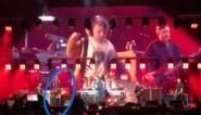 Jongetje (5) wordt uit publiek geplukt en steelt show op podium bij Foo Fighters