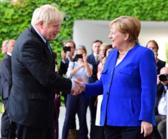 """""""Wir schaffen das"""", zegt Boris Johnson"""