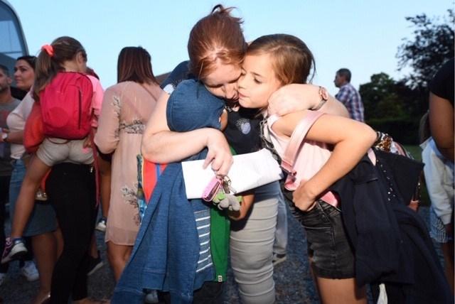 """Limburgse kinderen weer veilig thuis na busongeval: """"Nog nooit zo bang geweest"""""""