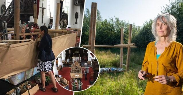 Kunstenares werkt maanden aan papieren boot van zes meter … en dan passeert de vuilkar