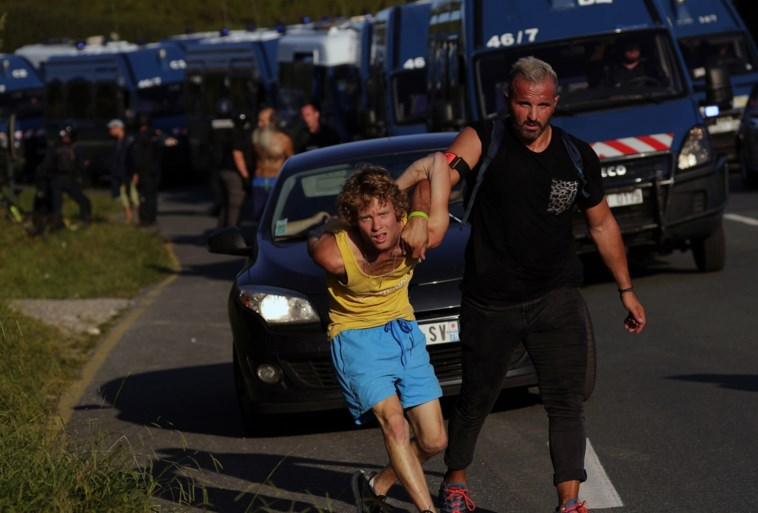 17 arrestaties en 4 politieagenten lichtgewond bij opstootjes in marge van G7-top in Biarritz