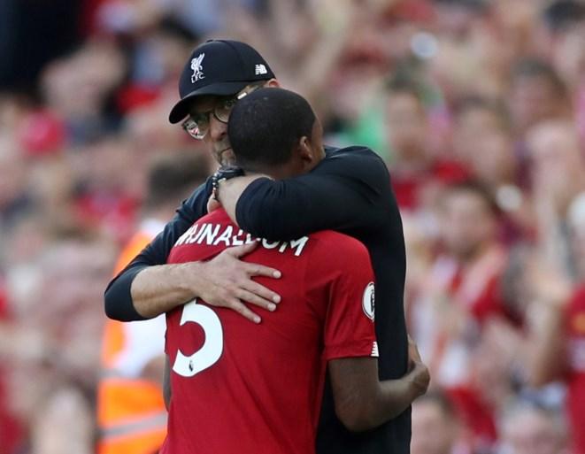 Liverpool overklast Arsenal in eenzijdige topper en blijft foutloos in Premier League
