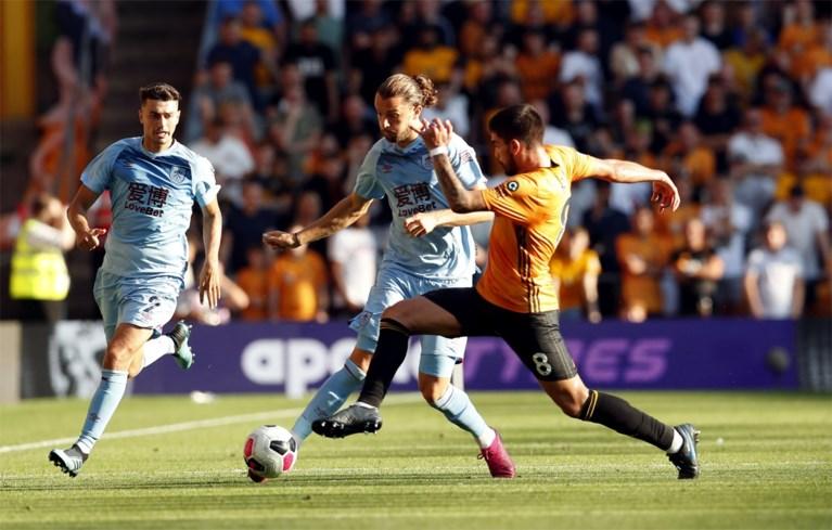 Newcastle smeert Tottenham eerste nederlaag aan, Wolves redt punt tegen Burnley