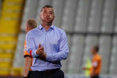 """Ontslagen Adnan Custovic verlaat Waasland-Beveren """"met opgeheven hoofd"""", naam van Karel Fraeye gaat al rond als opvolger"""