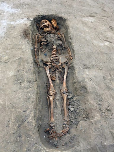 Archeologen vinden in Peru grootste kinderoffer ooit: 227 lichamen van kinderen tussen 4 en 14 jaar opgegraven