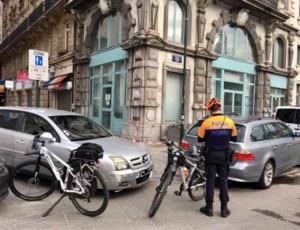 """Brusselse politie gebruikt nieuwe tactiek om snelheidsduivels te beboeten: """"Iemand beboeten die 30 rijdt in zone 50? Dat kan"""""""