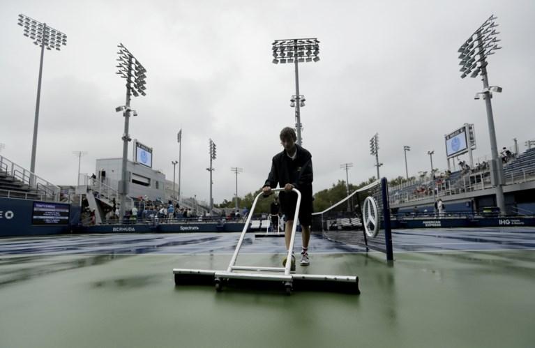 US OPEN. Djokovic wint maar heeft pijn en Federer geeft set weg, regen spelbreker voor Belgen