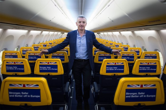 """Grof, licht ontvlambaar en """"houdt niet van vliegtuigen"""": het enfant terrible van Ryanair stopt na kwarteeuw als CEO"""