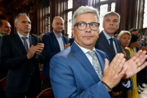 In opspraak geraakte oud-Vlaams Parlementsvoorzitter Kris Van Dijck riskeert alcoholslot na dronken crash