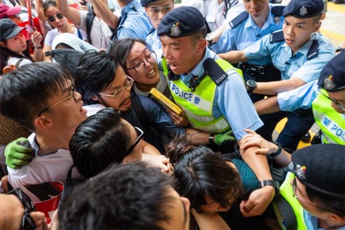 Na dertien weken protest in Hongkong staat China voor de keuze: de pest of de cholera