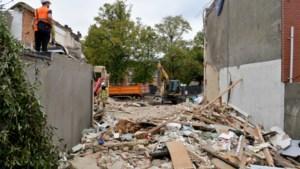 """Wilrijk likt zijn wonden na explosie: """"Die schade wordt wel hersteld. Maar onze buurvrouw zijn we kwijt"""""""
