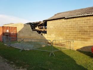 Gemeente beveelt sloop van bouwvallige schuur