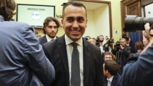 Leden Vijfsterrenbeweging geven groen licht aan nieuwe coalitie