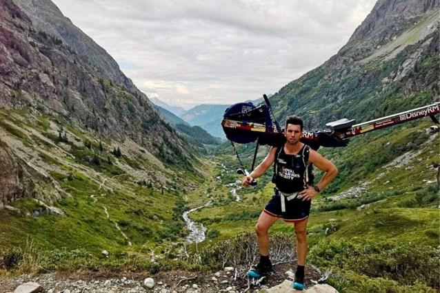 """Elitesoldaat beklimt Mont Blanc met fitnesstoestel voor goede doel, maar krijgt de wind van voren van burgemeester: """"Straf die gekken"""""""