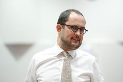 """Partijgenoten hebben het gehad met Van Quickenborne (Open VLD): """"Op het partijbestuur hoor ik hem niet"""""""