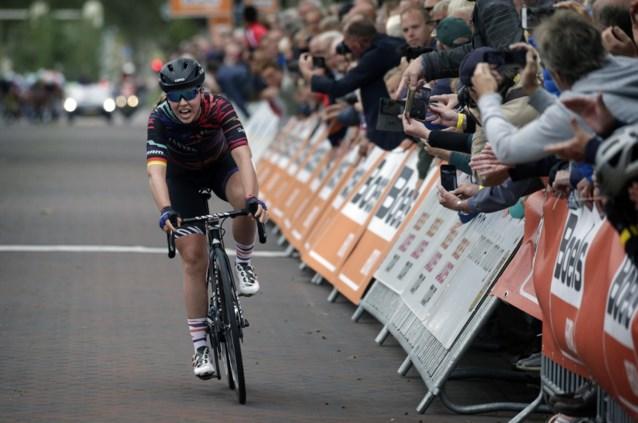 Lisa Klein slaat dubbelslag in derde rit Boels Ladies Tour