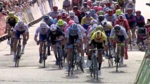 Groenewegen zegeviert na massasprint in openingsrit Ronde van Groot-Brittannië