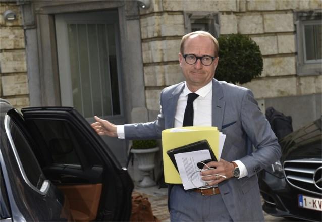 Hoger tekort maakt onderhandelingen niet gemakkelijker: Vlaamse regering tegen eind september blijft het doel