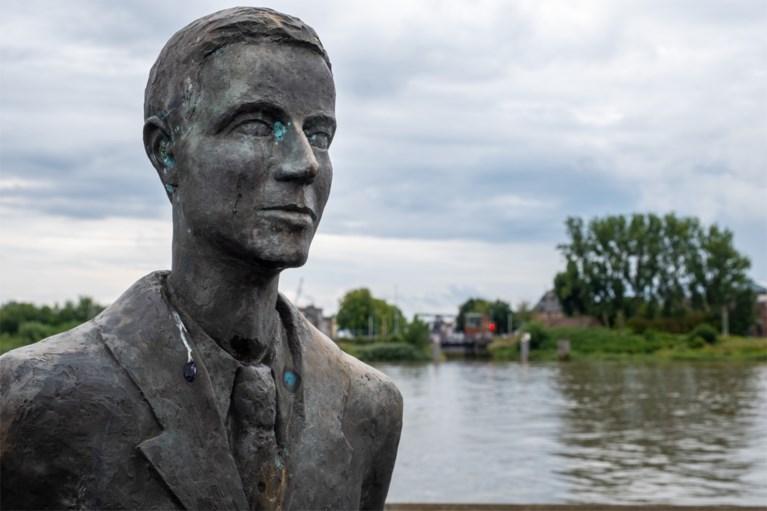 75 jaar later volgt Etienne de route waarmee zijn vader Robert de bevrijding van Antwerpen inzette