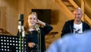Cindy (25) was bijna dood na fietsongeval, nu verwerkt ze trauma al zingend in 'Studio Stan'