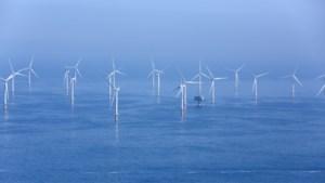 Zo gigantisch veel windmolens staan nu al voor onze kust:
