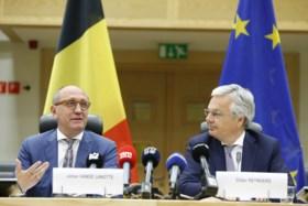 """Vande Lanotte en Reynders achten kans op federale regering met zes partijen """"zeven op tien"""", Groen valt af"""