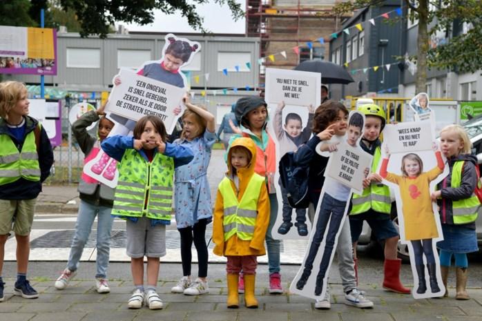 Ludiek protest in Hoboken: als papa en mama deze campagne zien, moeten ze wel trager rijden