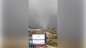 Alicante wordt geteisterd door gigantische tornado