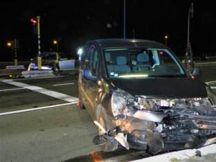 Nog maar eens ongeval aan op- en afrittencomplex E403: bestuurder gewond