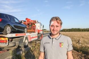 """Auto gewonde keeper vat vuur onderweg naar spoedgevallen: """"Ik ben geschrokken, maar dat is voetbal he"""""""
