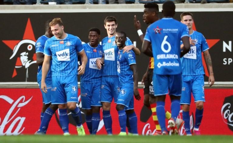 AA Gent walst nog voor de pauze over KV Mechelen en klimt naar vierde plaats